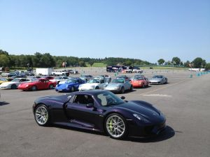 Mark and Patrick gave hot laps in a Porsche 918 and Carrera GT.